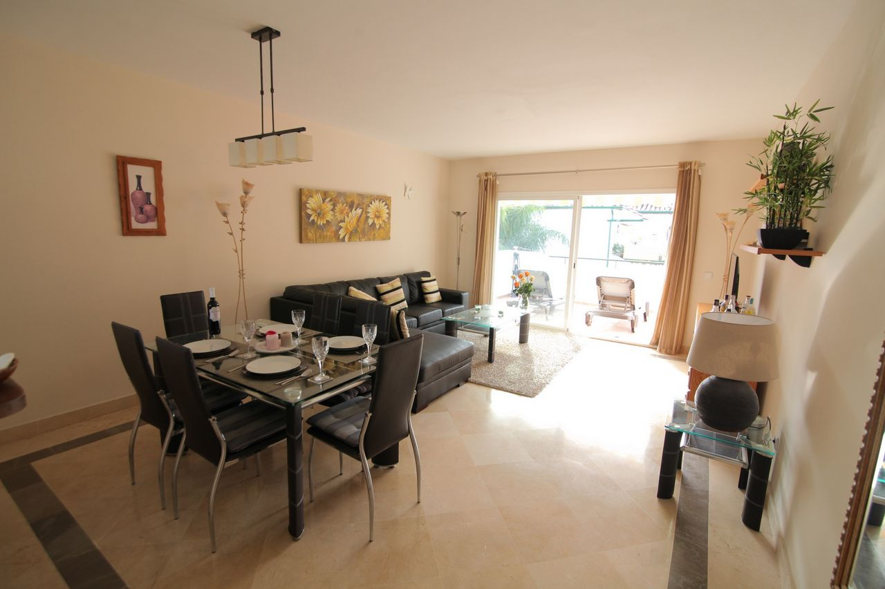 Apartment in El Presidente, Estepona